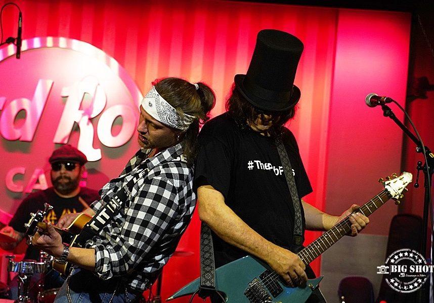 the pubflies-music-band-hardrock café-live gig