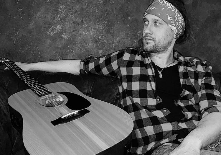 guitar-mense music-musician-guitar playing-music band